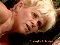 Hairy granny pussy fucked