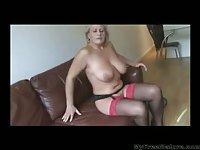 Robyn mature masturbating