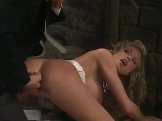Well done pussy feeding with dick