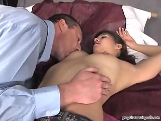 Hot Starlet Gets Fingered at passionclips.com