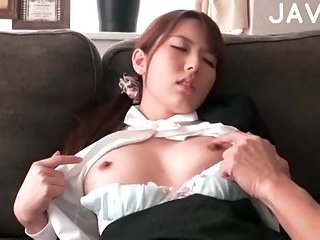 Hot japanese babe gets ready for fuck | Big Boobs Update