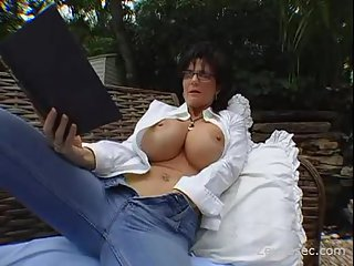 This mature is a super busty | Big Boobs Update